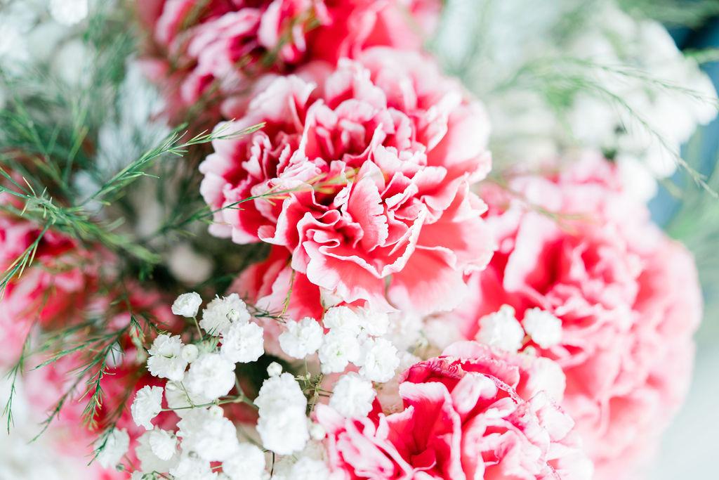 Wedding Florals | Minnesota Boat Club Wedding Photos | Minneapolis Fine Art Wedding Photographer