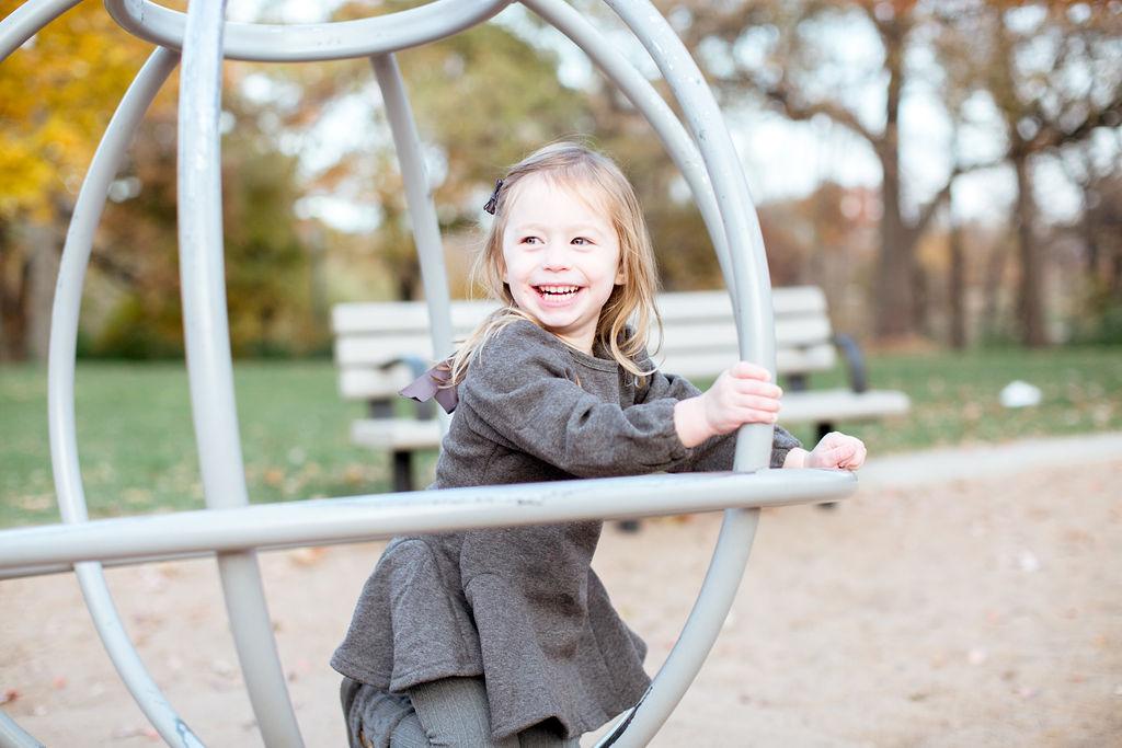 Minnehaha Falls Family Photos | Minneapolis Family Photographer | Minneapolis Lifestyle Photographer